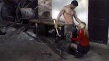 Celia Blanco follando con un soldado a la fuerza