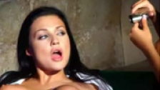 Black Angelika y Aletta Ocean son dos colegialas follando con un profesor
