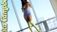 Erica Campbell posando em um super sexy