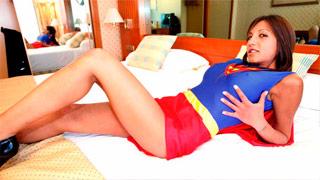 Follada anal de Fayna Vergara haciendo de la SuperWoman española