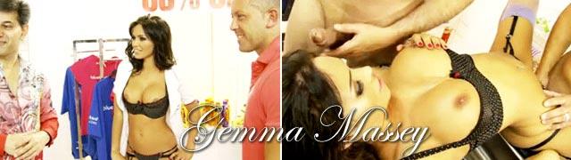Baisent avec le nouveau greffier nommé Gemma Massey en remises