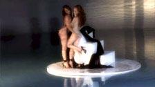 Heather Carolin Namiętne lesbijki Charlie Laine i w basenie