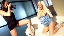Lesbijki sesja zdjęciowa z Crista Moore i Charlie Laine