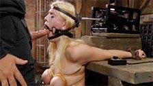 Os presentamos la máquina humana de hacer mamadas