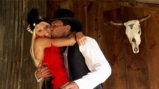 Rikki Six y Marco Banderas en un western al mas puro estilo porno
