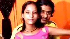 Haciéndoselos indiana nova senhora de quatro após chupar