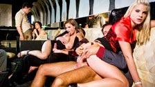 Sexo en los reservados con Lulu Martinez, Tarra White y Sera Passion