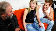 Vika cuckolds her boyfriend, shagging his father