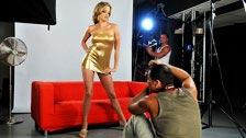 Follando con la modelo Laraan en el estudio fotográfico