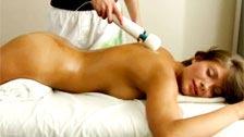 Rosyjski nastolatek dostaje shagged po coraz masaż z wibratorem