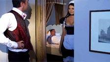 La cameriera francese Anna Polina succhia la testa mentre dorme