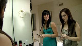 Molli Milano e Aiden Ashley esfregam suas bocetinhas em um encontro lésbico