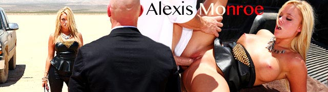 Anal sex in the desert with the beautiful Alexis Monroe