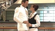 Cindy Dollar follando con el capitán del crucero en el que trabaja