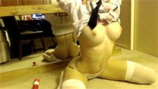 Joven rusa webcamer mostrando su espectacular cuerpo