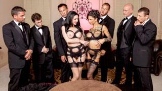 Veronica Avluv und Bonnie Rotten bei einer eleganten Orgie mit ein paar Gentlemen