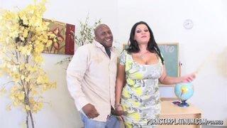 Prince Yahshua scopa con la procace insegnante Angelina Castro