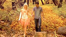 Mia Magma vestita come una fata e scopata nella foresta magica