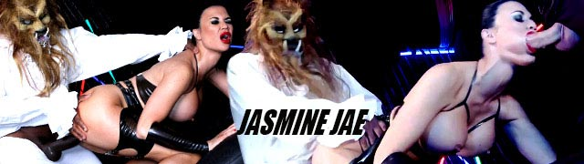 Jasmine Jae shagged by two men disguised as monstrous werewolves