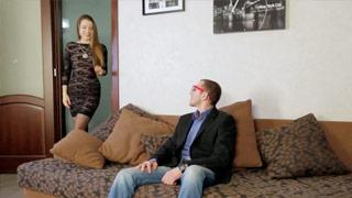 A puta de luxo Taissia Shanti deixa seu cliente gozar dentro