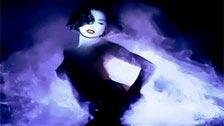 A linda Dita Von Teese fazendo um striptease cheio de sensualidade