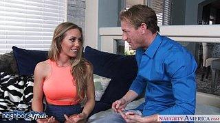 Leidenschaftlicher Sex mit finalem Creampie, mit Nicole Aniston
