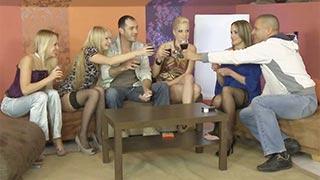 Orgia com as amigas Blue Angel, Andy Brown, Antonya e Lara