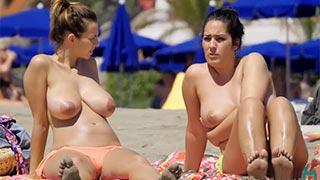 Tarado filma amadoras tomando sol fazendo topless