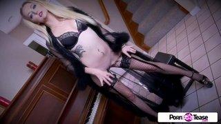 A linda modelo Iris Rose e seu corpo perfeito