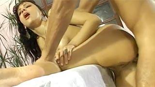 Mônica Mattos fazendo sexo com o massagista